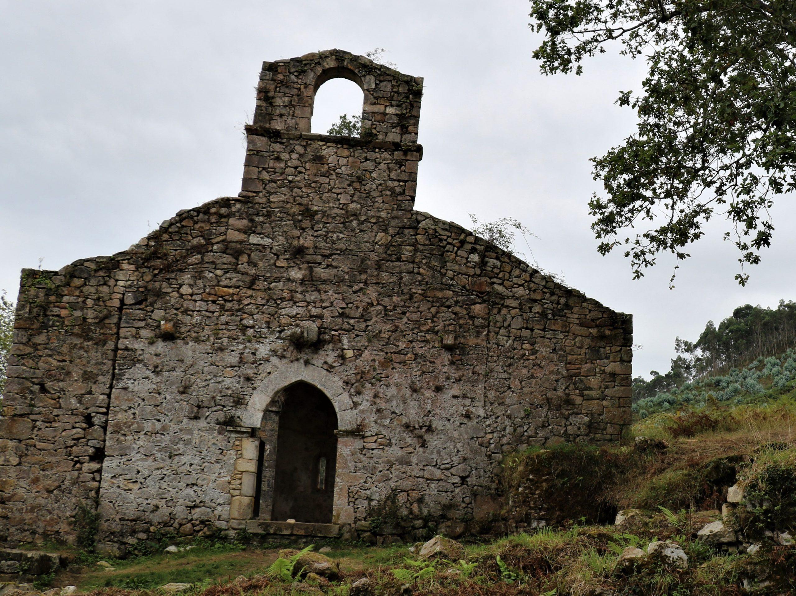 iglesia de santa maria de tina asturias